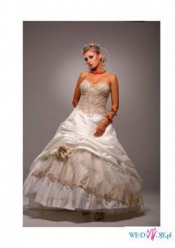 Suknia ślubna Lena od Emmi Mariage