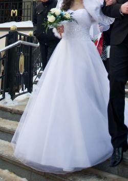 Suknia ślubna Lillian West 6303