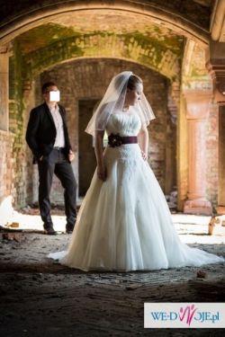 Suknia ślubna Lisa Ferrera włoskie koronki princess