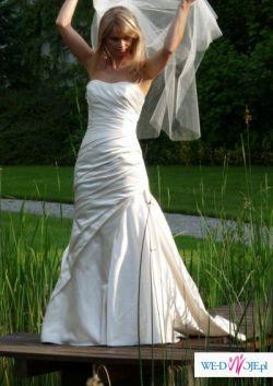Suknia Slubna Madonna White 1; 411