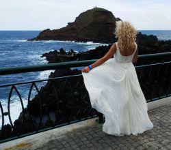 Suknia ślubna / MANUEL MOTA SAMAN / Madonna