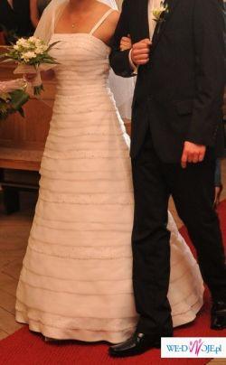 Suknia ślubna - model 2009