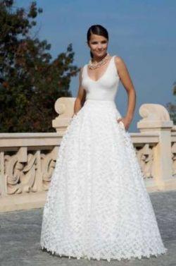 Suknia ślubna Model Chanell Iii Viola Piekut Suknie ślubne