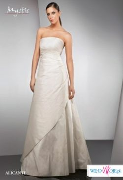 Suknia Ślubna Mystic m. ALICANTE z salonu Cymbeline