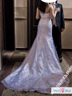 suknia Ślubna - piekna koronkowa - zobacz - biała ozdobiona srebrną nitką