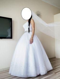 Suknia ślubna princesska kryształki swarovsky 36/38