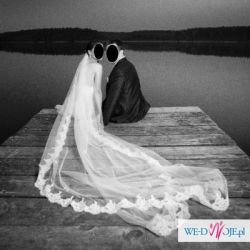 Suknia ślubna Pronovias Lorna + welon i bolerko