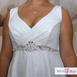 suknia ślubna rozm. 42/44 prosta i elegancka