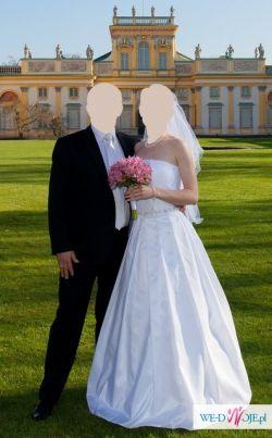 Suknia ślubna (rozmiar: 36 - 38)