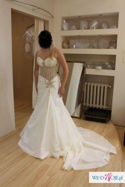 Suknia ślubna SERENADA Emmi Mariage 2010 ecru r.38