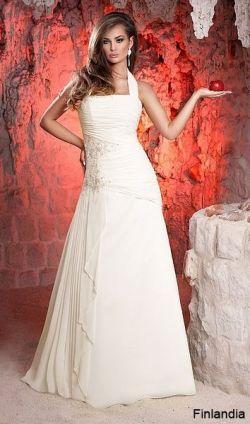 Suknia ślubna - szyta na miarę w idealnym stanie