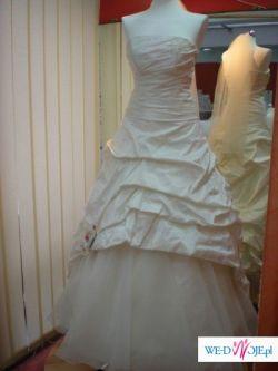 suknia slubna tanio