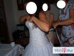 Suknia ślubna typu Princess rozm 38-40 regulowana + bolerko Gratis