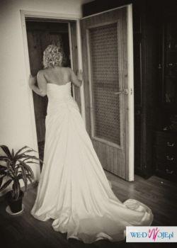 Suknia Ślubna Verise model Clarisa - kryształy Svarovskiego