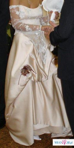 Suknia slubna w kolorze capuccino