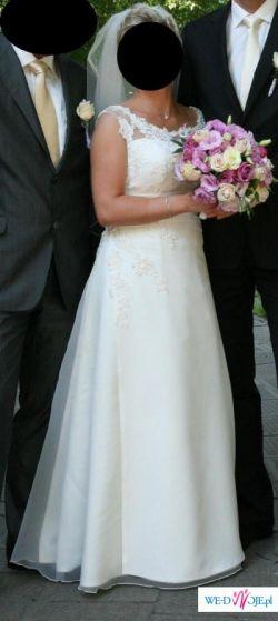 Suknia ślubna w kolorze ecre– Sonia z kolekcji Margarett 2009