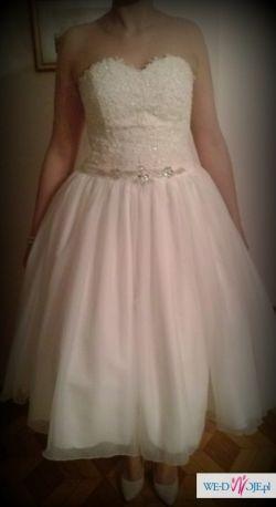 suknia ślubna w stylu lat 60