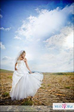 Suknia Ślubna Wings Bridal kolekcja 2010