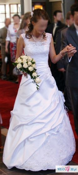 suknia ślubna WŁOSKA KORONKA Z KAMIENIAMI SVAROWSKI