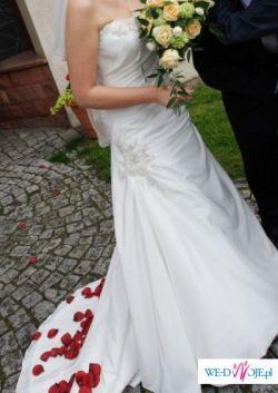 Suknia Ślubna z kolekcji Maggie Sottero, model Azya Marie