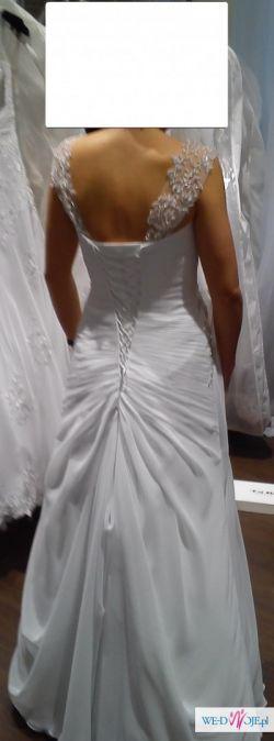 suknia ślubna z kolekcji salonu Anna, roz 36