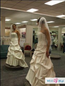 Suknia ślubna z kryszt. Swarovskiego Kol. Gold 36-38