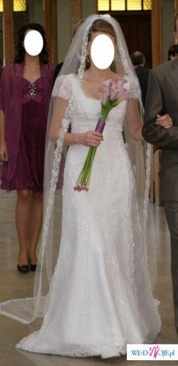 Suknia ślubna Z Małym Trenem Baslamo St Patrick Toruń