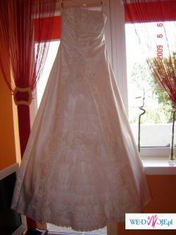 Suknia ślubna z salonu DOMINIKA