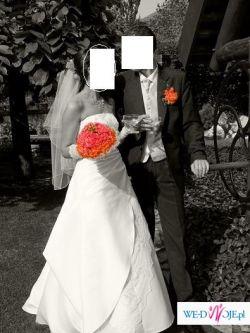 suknia ślubna z trenem,bolerko,rękawiczki,welon.