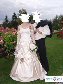 Suknia w kolorze toffi....
