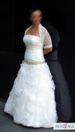 Suknia z kolekcji LUNA NOVIAS 2012 INGO 138 HISZPANIA