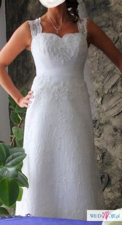 suknia z kryształami svaroskiego