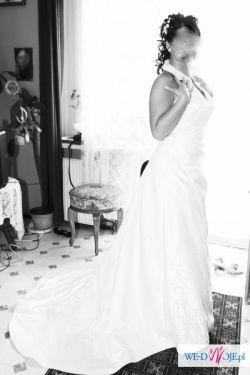 suknia ze stójka