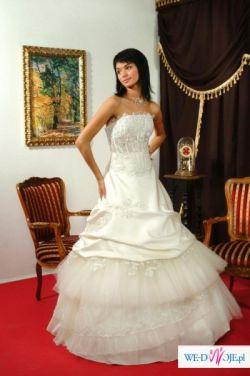 Suknie z likwidacji salonu ślubnego w Szczecinie