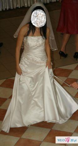 Tanio jedwabna suknia ślubna