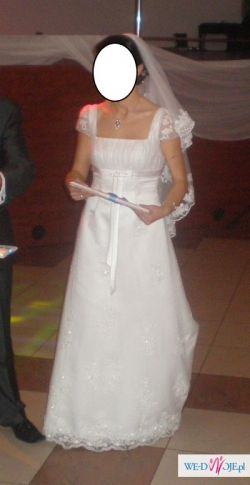 urocza Annais Bridal model Kristi