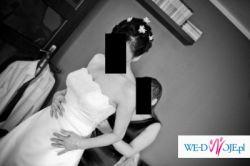 urocza suknia ślubna ecru z satyny, kupiona w salonie Carmen w Warszawie
