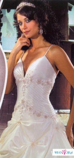 Włoska suknia  ślubna Venus uszyta przez projektanta z Mediolanu