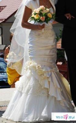 wyjątkowa i błyskotliwa suknia r.36