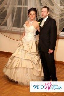 Wyjątkowa suknia FARAGE dla Ciebie