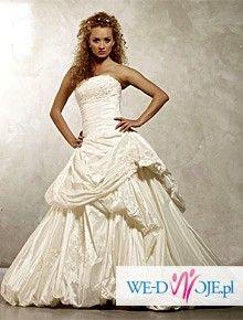 Wyjątkowa suknia ślubna z tafty inteligentnej