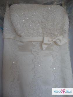 Wyjątkowa suknia z kolekcji White One model 175