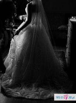 Wytworna suknia ślubna :P