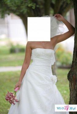 Zjawiskowa Suknia Ślubna San Patrick