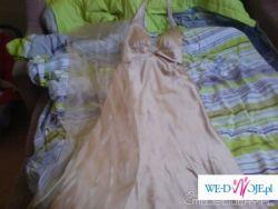 zlota dluga sukienka