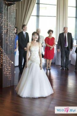 Złota suknia ślubna Agnes Platinium 10775A w cenie welon i bolerko
