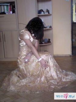 zlota wieczorowa suknia