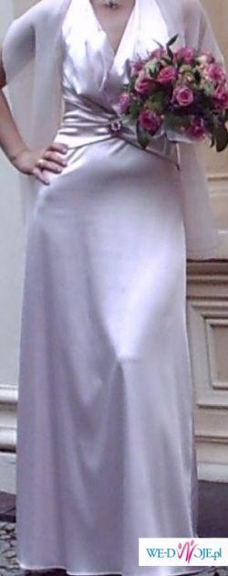 Zmysłowa suknia na wiele okazji