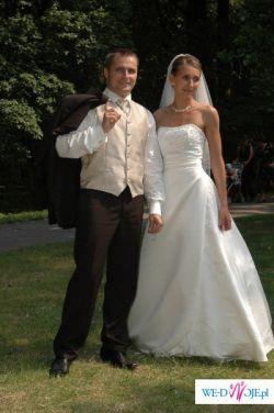Zmysłowa suknia ślubna z hiszpanii