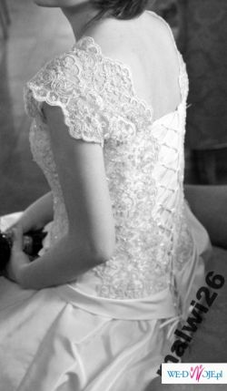 Zniewalająca suknia ślubna wzór Papilio - r. 38/38 -